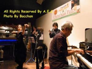 2010年12月10日トランペット:行本清喜 龍笛:出口煌玲 ピアノ:板倉克行 ダンス:牧桃子@JamJam